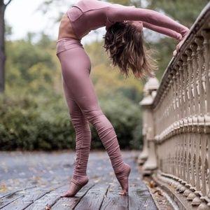Alo Idol Rosewater Pink Leggings XXS